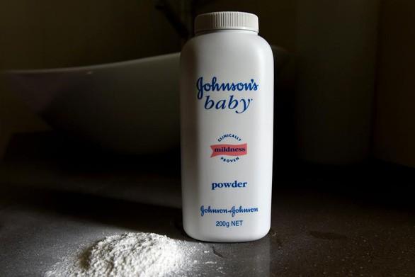 Johnson & Johnson ngừng bán phấn rôm trẻ em ở Mỹ và Canada