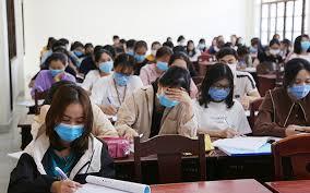 Hàng loạt trường đại học cho sinh viên nghỉ học tránh dịch COVID-19