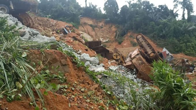 Cử những người thông thạo địa hình  tham gia tìm kiếm 16 công nhân mất tích tại thủy điện Rào Trăng 3