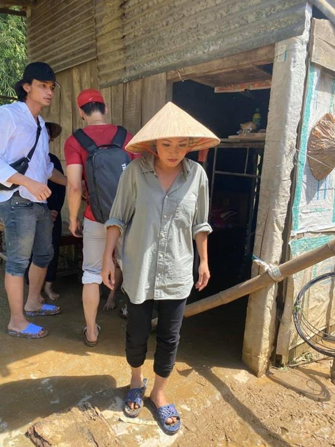 Sở TTTTT  mời ca sĩ Phương Thanh làm việc vì bài viết xúc phạm dân Quảng Ngãi