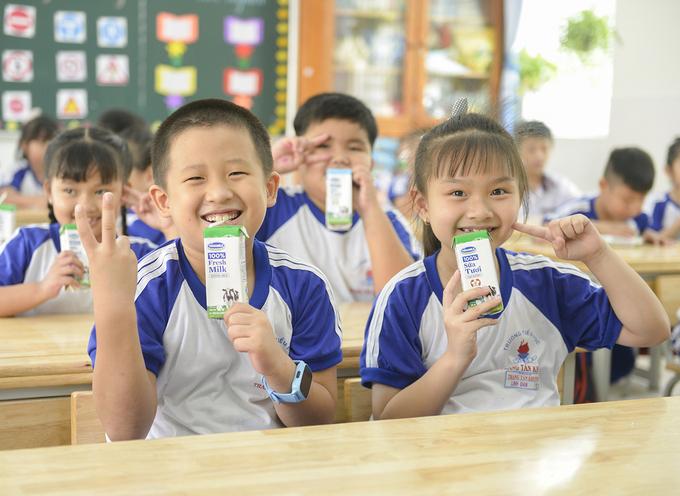 Chương trình Sữa học đường TP.HCM được triển khai trên 24 quận huyện từ tháng 11/2020.