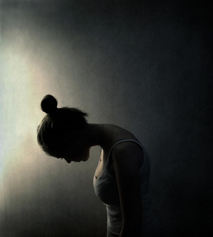 Trầm cảm không phải là một trạng thái tâm lý tạm thời dễ dàng được cải thiện (Ảnh minh họa)
