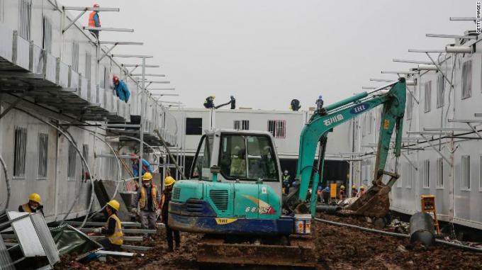 Quá trình xây dựng Bệnh viện Hỏa Thần Sơn