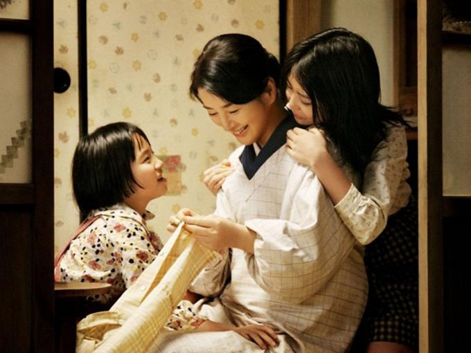 Phụ nữ Nhật vừa phải lo nội trợ, vừa phải là bộ mặt của gia đình