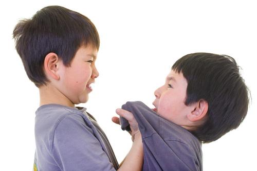 Hành động bắt nạt trẻ khác nhiều khi chỉ là hành động để giúp bản thân được kiêu hãnh và tìm kiếm sự tôn trọng (Ảnh minh họa).