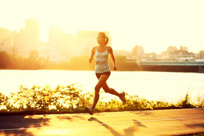 Tập thể dục hàng ngày giúp cải thiện tâm trạng và tăng cường sức khỏe.