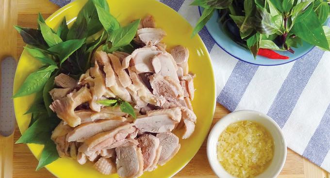 Món khế ăn rất hợp với thịt vịt, và chỉ riêng thịt vịt thôi (Ảnh: internet).