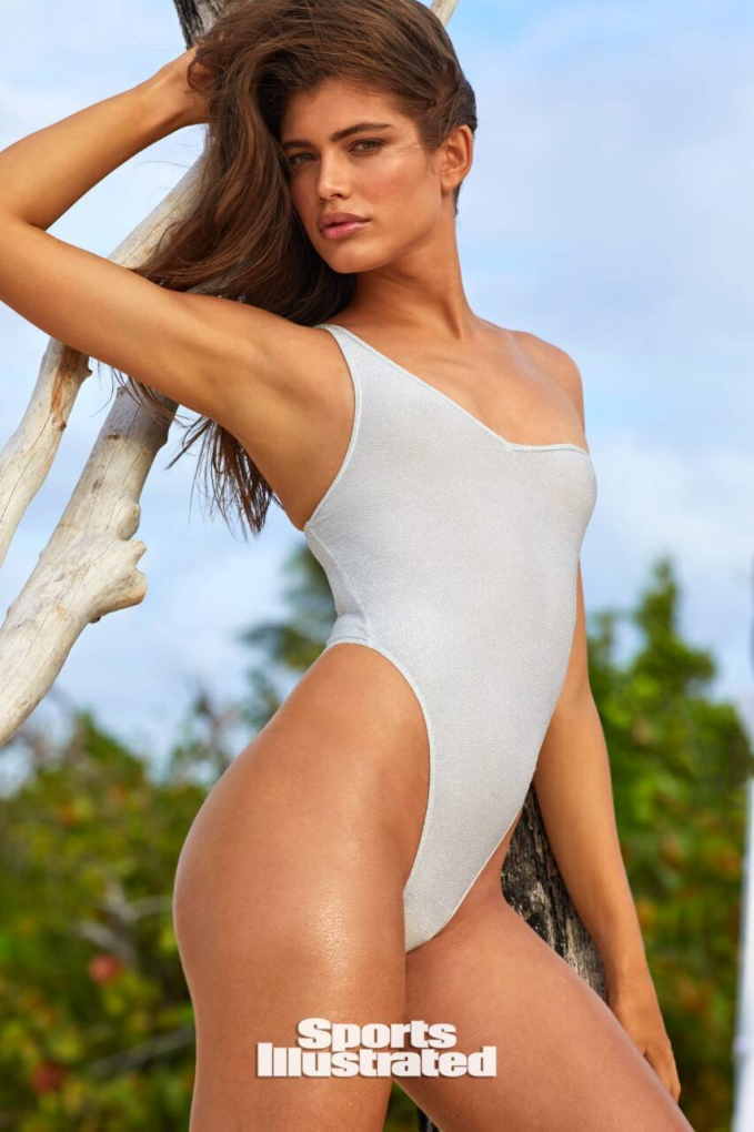 Ảnh:Josie Clough/SI Swimsuit Issue.